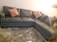 Very comfortable grey sectional Montréal, H2L
