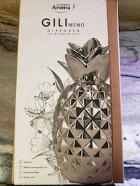 New with box: Silver Pineapple Diffuser Toronto, M5T 2Y4