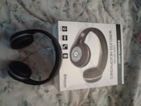 Wireless headphones  Surrey, V3V 3P1