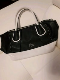 Guess black and white purse/bag Barrie