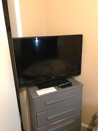 39in HD TV with HDMI Cord Arvada, 80003