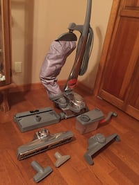 Kirby gray upright vacuum cleaner Lisbon, 60541