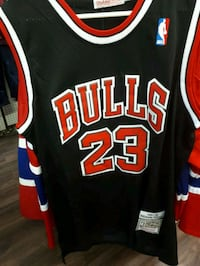 black and red Chicago Bulls 23 jersey Montreal, H3N 1S6