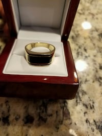 14kt Gold Male Engagement ring  Miami Gardens, 33169