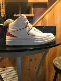 2s size 10  Washington, 20011