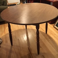 Round dinette table Rockville