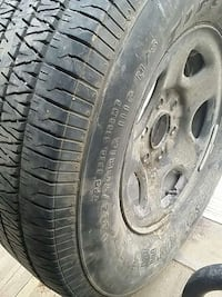 gray auto wheel with tire Bakersfield, 93307