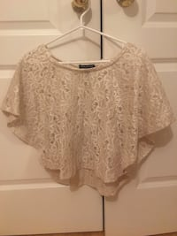Lace fancy beige/off white shirt Mississauga, L5V 2A9
