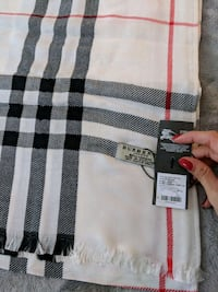 Burberry Lightweight Scarf Vancouver, V5Y 3M6