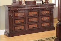 Ashley's Solid Wood Queen Bedroom Set Ottawa