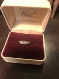 Zales 3 stone diamond ring Sherwood, 72117