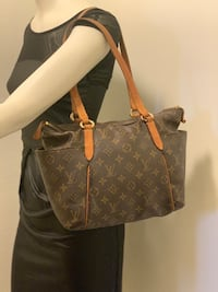 Louis Vuitton Totally Pm Palmdale, 93550