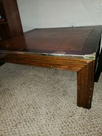 Coffee table  Lubbock, 79412