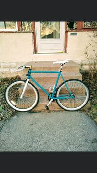 Single speed fixed gear bicycle