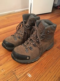 Women's Gortex Hiking Boots Size 7.5 Vancouver, V5T 4L1