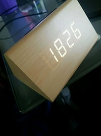 Prism wood led clock Hesperia, 92345