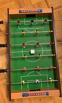 Foozball table by buzzy, 10/10 brand new Toronto, M1J 2G8