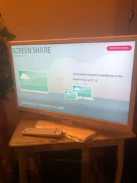 Smart tv lg 24inch 42 km