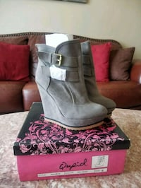 Brand new wedge booties 6 Broken Arrow, 74012