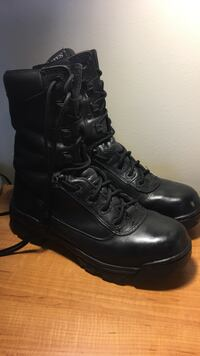 8.5 Bates Boots Military Norfolk, 23511