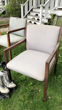 White padded brown wooden armchair Montréal, H8T 1R2