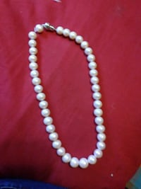 PEARLS REAL white pearl beaded necklace  Brook Park, 44142