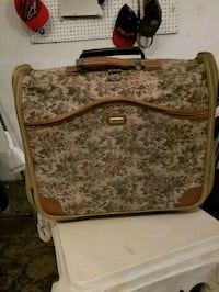 Travel well suitcase