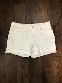 White Shorts Size 8 Falls Church, 22042