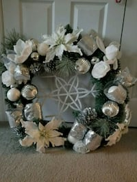 Holidays wreath  Frederick, 21704