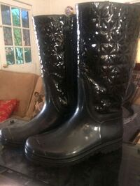 Weather boot