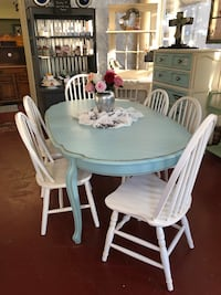 Chalk painted table with 6 chairs Breaux Bridge, 70517