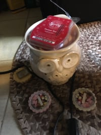 Owl tart warmer with tarts and scentcy needs new light Gaithersburg, 20879