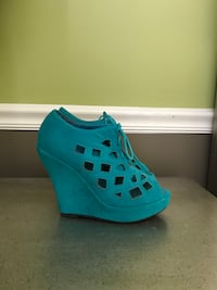 Turquoise open toe wedges  Rochester Hills, 48307