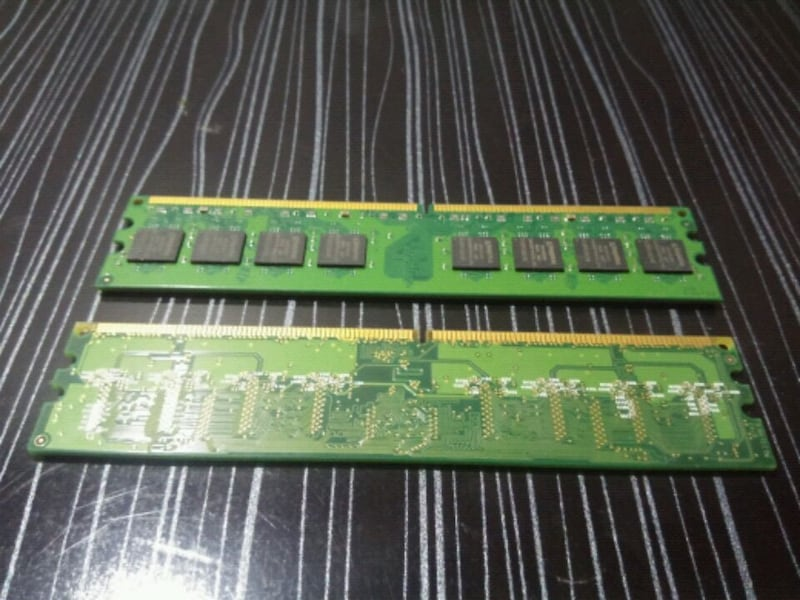Kingston 1Gb DDR2 Ram 25ec33a9-a118-4e45-b557-cf2e5f7ae19f