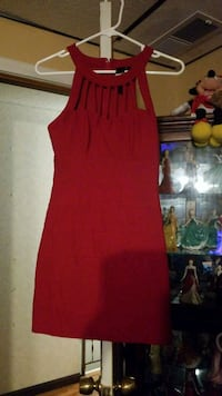 Short red fitted dress Erie