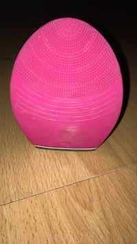 Similar to Foreo Facial cleanser device Gatineau, J8Y 3M5