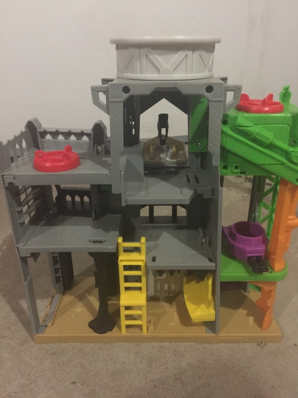 gray and green plastic house