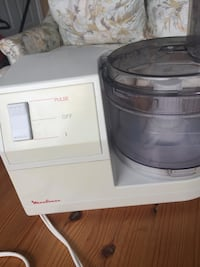 Food processor excellent condition and  Ancaster, L9K 1P9