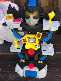 gray, black and yellow plastic robot toy 43 km