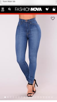 Fashion nova classic high waist skinny jeans Burnaby