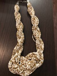 gold-colored chain necklace 3737 km