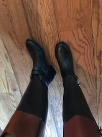 Pair of black leather heeled boots Alexandria, 22307