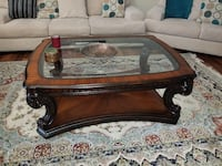 Coffee table and end tables Sterling Heights, 48310