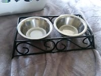 Cat food and water bowls with holder Hampton, 23666