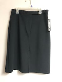 Brand new with tags woman's skirt size 8 374 mi