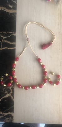 Artificial jewellery with earings for sale 551 km