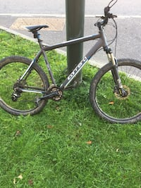 black and gray hardtail bike Crawley, RH10 1AH