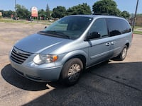 Chrysler - Town and Country - 2006 Dearborn Heights