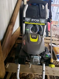 Power washer, new, never used, out of box Cecilia, 42724