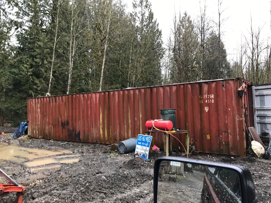 letgo shipping containers 3 for sale in redmond wa. Black Bedroom Furniture Sets. Home Design Ideas